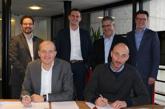 Amaron and Vanad Enovation sign collaboration agreement